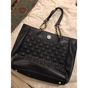 Black Anne Klein Tote with Gold chain